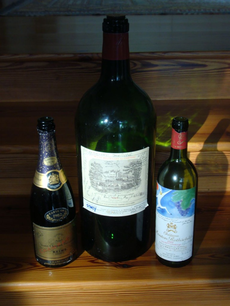 1982 Veuve Clicquot, 1978 Chateau Lafit-Rothschild, 1982 Mouton-Rothschild (A happy family)